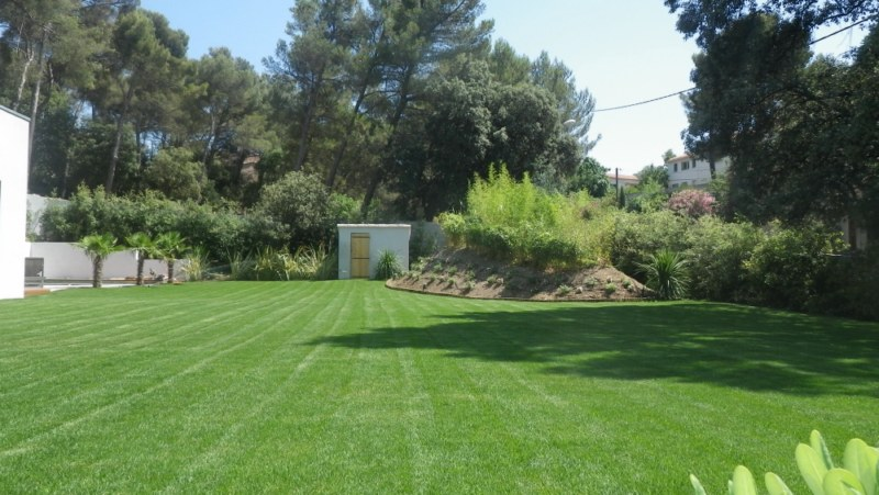 Entretien d 39 espaces verts pour les particuliers for Entretien espace vert entreprise