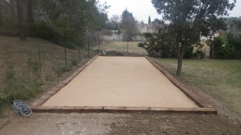 impressionnant construction terrain de petanque 3 r aliser terrain petanque maison. Black Bedroom Furniture Sets. Home Design Ideas