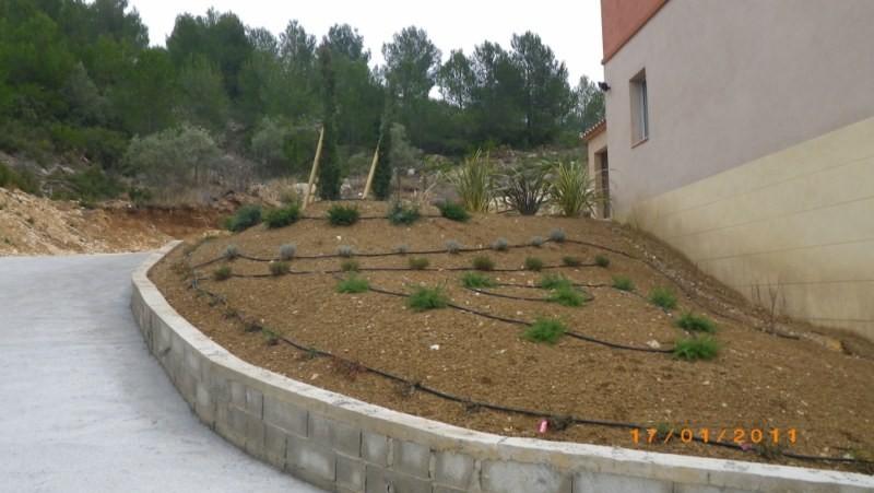 Jardinier am nagement d 39 espace vert sur mesure aix en - Jardinier pour particulier ...